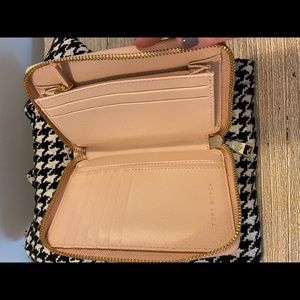 Tory Burch wallet cash cards